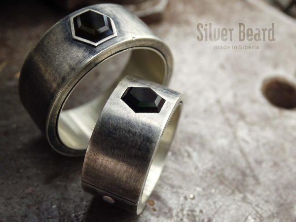 Обручальные кольца с ониксом
