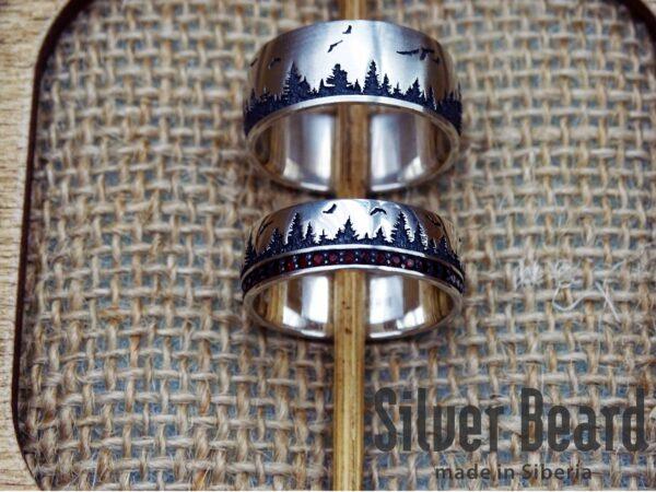 Сибирские кольца с гранатами: